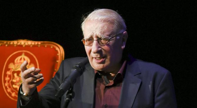 Славчо Пеев получава голямата награда за принос в хумора и сатирата на името на Георги Калоянчев