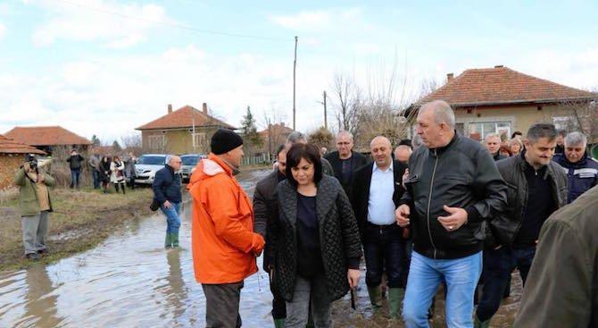 Корнелия Нинова политизира бедствието във Видинско (видео)