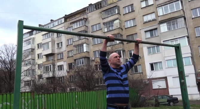 Светльо Витков отговори на Румен Радев (видео)