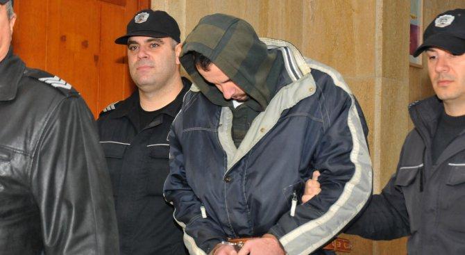 Задържане под стража за мъжа, убил майка си в Бургас
