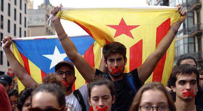 Хиляди демонстранти се събират в Барселона след ареста на Карлес Пучдемон