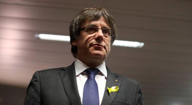 Полицията във Финландия ще арестува бившия каталунски лидер Пучдемон, ако го открие