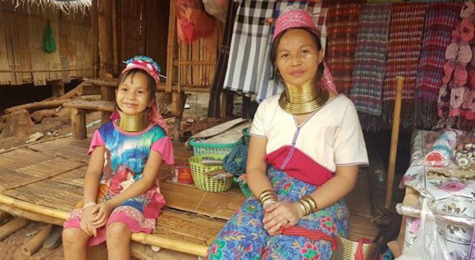 Жените-жирафи, или изчезващото племе Падонг