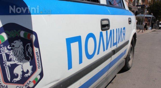 "Полиция блокира градинката ""Кристал"" заради куфар на клошар, откриха одеяла и играчка за к"