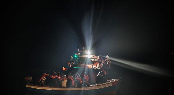 Италианските власти разбиха банда за трафик на мигранти от Тунис