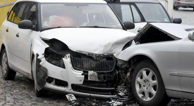 11 ранени при катастрофи през изминалото денонощие