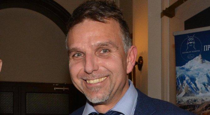 Алпинистът Себастиано Валентини: Никой не търси Боян!