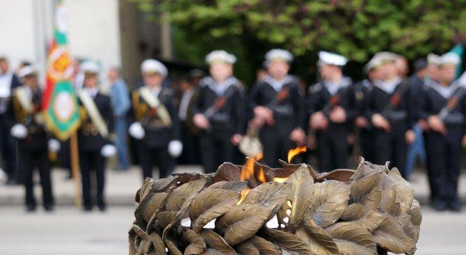 """9 май да стане официален празник в България, предлагат от фондация """"Безсмъртният полк"""""""