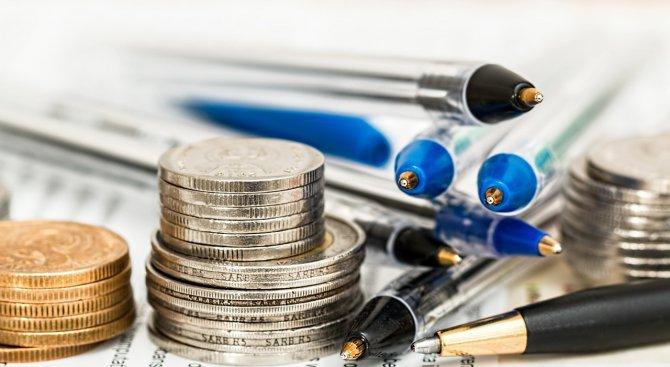 Икономисти: Данъчната тежест расте