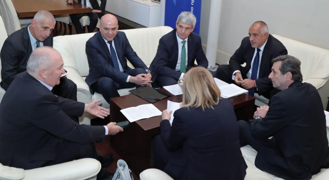 Борисов на срещата със синдикатите: Трябва да се работи за увеличаване на доходите на хората (видео)