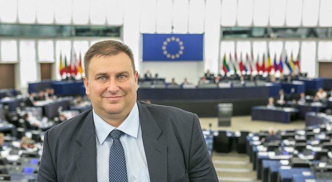 Емил Радев организира конференция с водещи специалисти в областта на процедурите по несъстоятелност