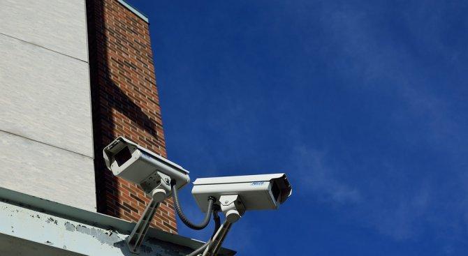 Мъж открадна охранителни камери от жп спирка край село Мокрище