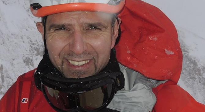 Втора група спасители тръгва към Боян Петров