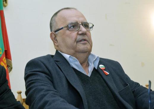 Проф. Божидар Димитров: Крайно време е Корнелия Нинова да се освободи от Ерменков