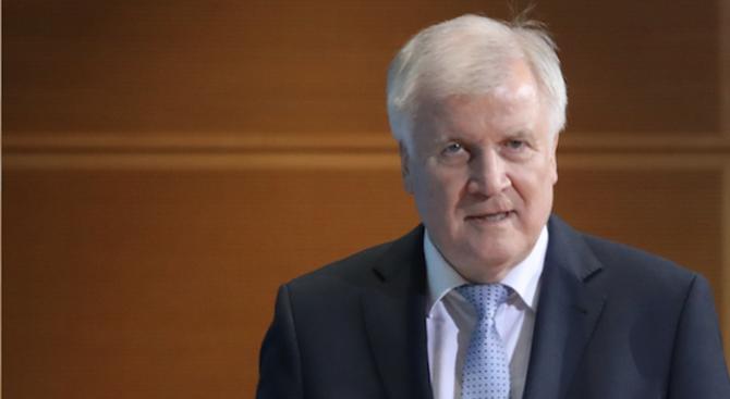 Германският вътрешен министър: Нарушенията при даването на убежище ще имат последствия