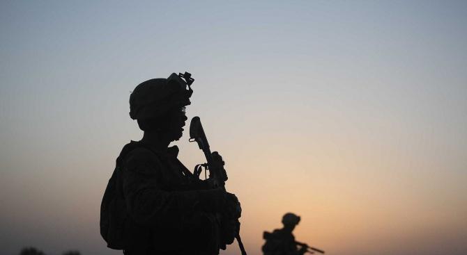 Убиха деветима роднини на водещ афганистански политик при военна операция