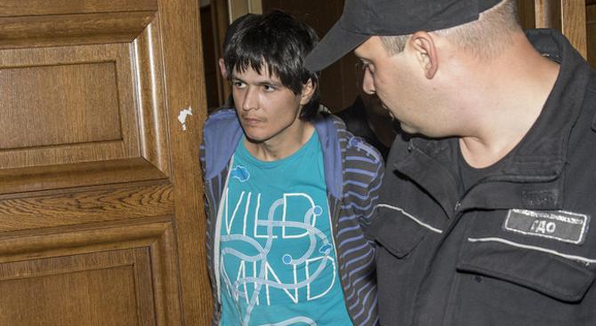 Първите думи на нападателя от тролея: Съжалявам, бях дрогиран