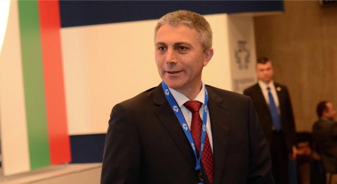 Карадайъ: Би било добре Борисов да запознае НС с резултатите от срещата му с Путин