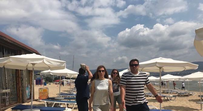 Ангелкова: Панаирът в началото на летния сезон изключително много уврежда имиджа ни като туристическа дестинация