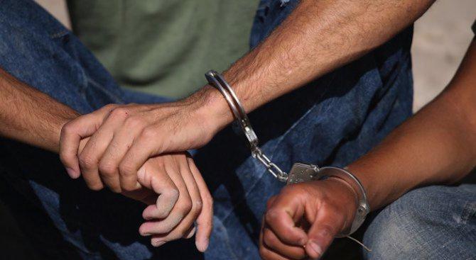 Иракчанинът, заподозрян в убийството на 14-годишно момиче, бе екстрадиран в Германия