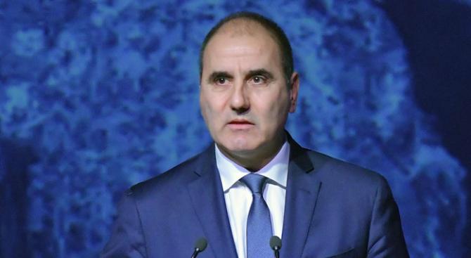Цветанов изрази съболезнования на близките на загиналите военни пилоти