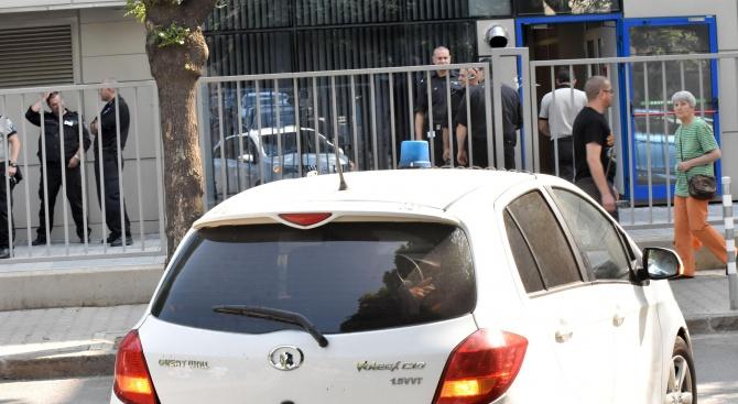 Сигнал за бомба в Софийски районен съд (галерия)