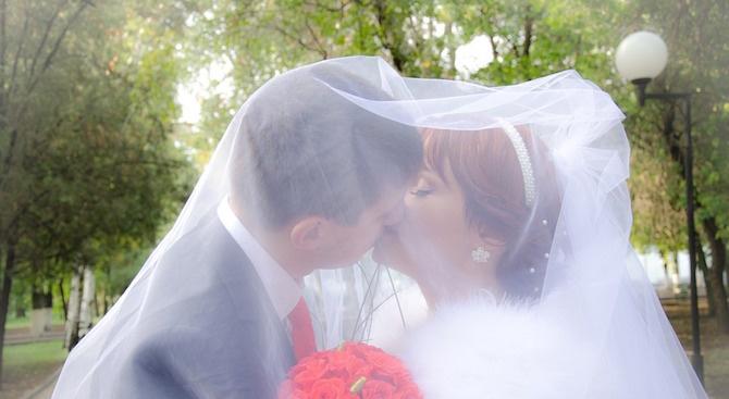 За младоженците в Търговище ще има нови сватбени ритуали
