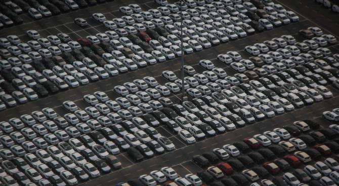 Бизнесът иска яснота как се харчат екотаксите за коли