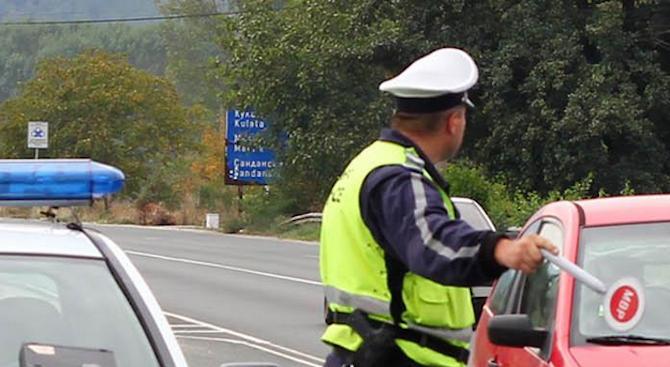 """Два пъти повече полицаи ще следят магистрала """"Марица"""" заради гастарбайтерите"""