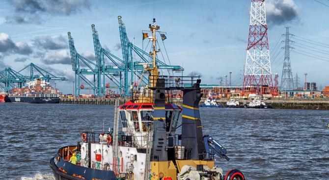 Отличници сме в Европа по дигитализация на пристанищните услуги, смятат специалисти