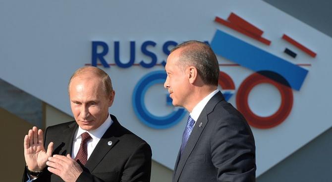 Владимир Путин за вота в Турция: Реджеп Ердоган води страната си в правилната посока