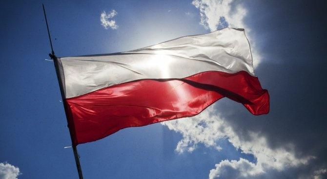 Полша ще преосмисли закона за Холокоста