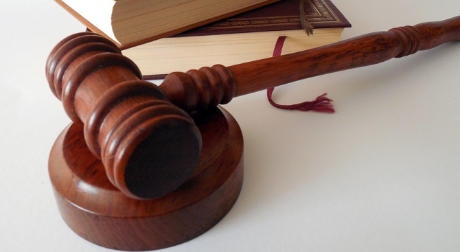 Прокуратурата разследва опит за убийство на мъж