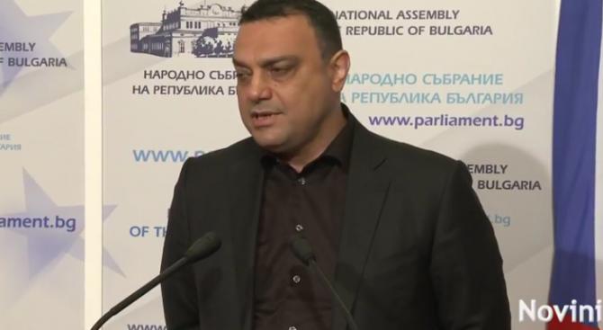 Московски обясни защо е нужна концесията на летище София (видео)