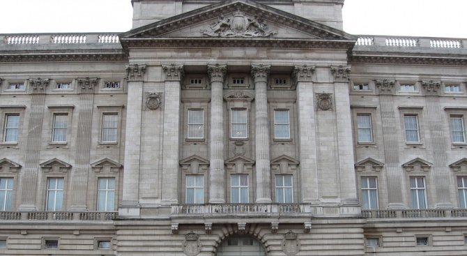 Започва ремонт на прочутото източно крило на Бъкингамския дворец