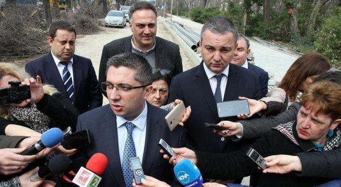 Министър Нанков ще даде старт на ремонта на над 80 км пътища в Южна България