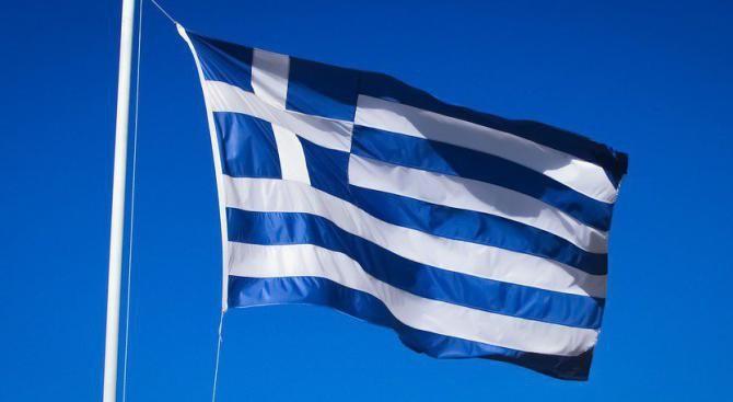 Коалицията в Гърция под въпрос заради името на Македония
