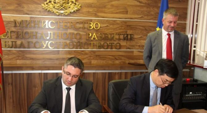 Николай Нанков подписа споразумения за сътрудничество с пет китайски компании