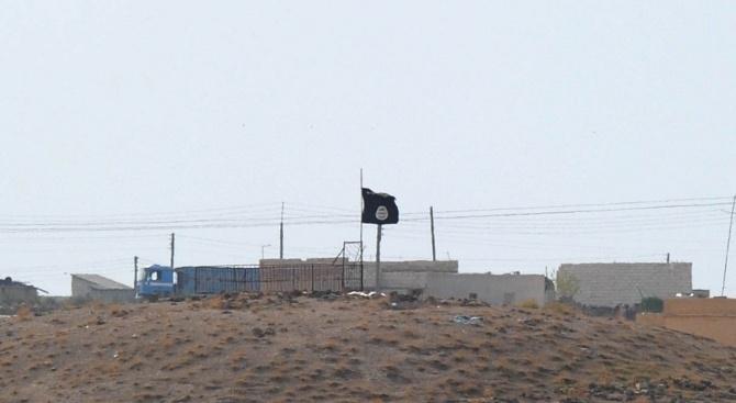 Ислямска държава бомбардира сирийско село. Убити са 18 души, сред които и три деца