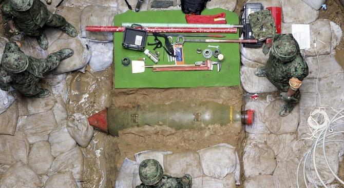 """Бомба от Втората световна война беше обезвредена в комплекса на """"Фолксваген"""" във Волфсбург"""