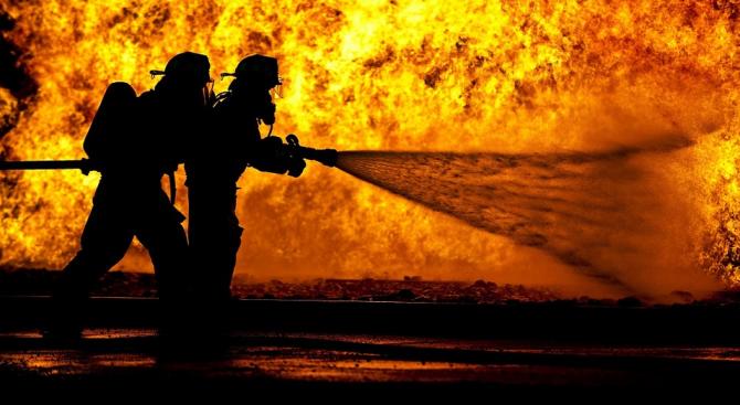 42-годишен мъж загина при пожар в дома си