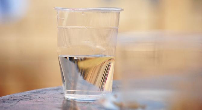 Спират водата на места в София