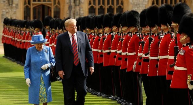 Тръмп се срещна с Елизабет Втора в Уиндзорския замък (снимки)