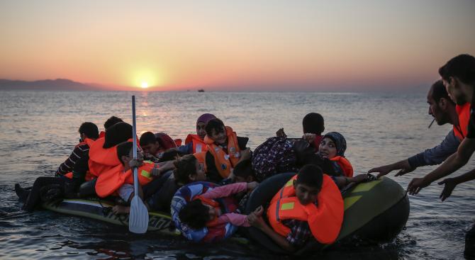 Испания и Португалия ще приемат нова група от мигранти