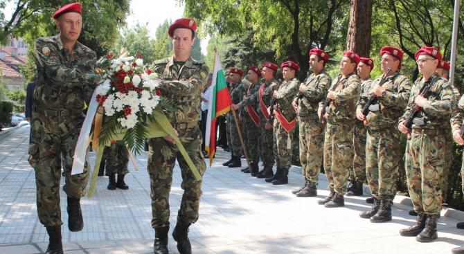 Представителни военни подразделения участваха в прояви в цялата страна по повод годишнината от рождението на Васил Левски