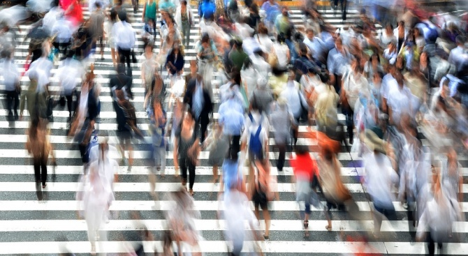 Горещините в Япония са взели най-малко 15 жертви, а хиляди души са приети в болница