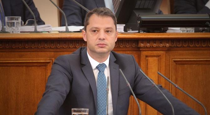Делян Добрев: Край нямат фалшивите новини от Елена Йончева (видео)