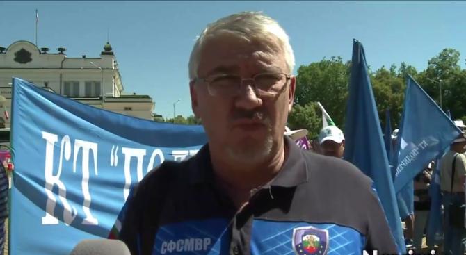 Валентин Попов: Големите държавни разходи за полицаи и пожарникари са заради осигуровки
