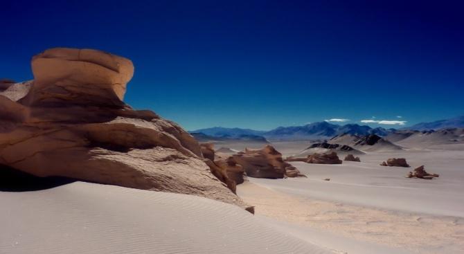 Пустинята Атакама съхранява скални рисунки отпреди близо 3000 години