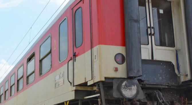 Стартира кампания срещу опасните селфита върху влакове